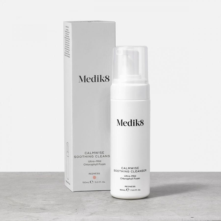 Medik8 Calmwise Soothing Cleanser - čištění nadměrně citlivé pokožky